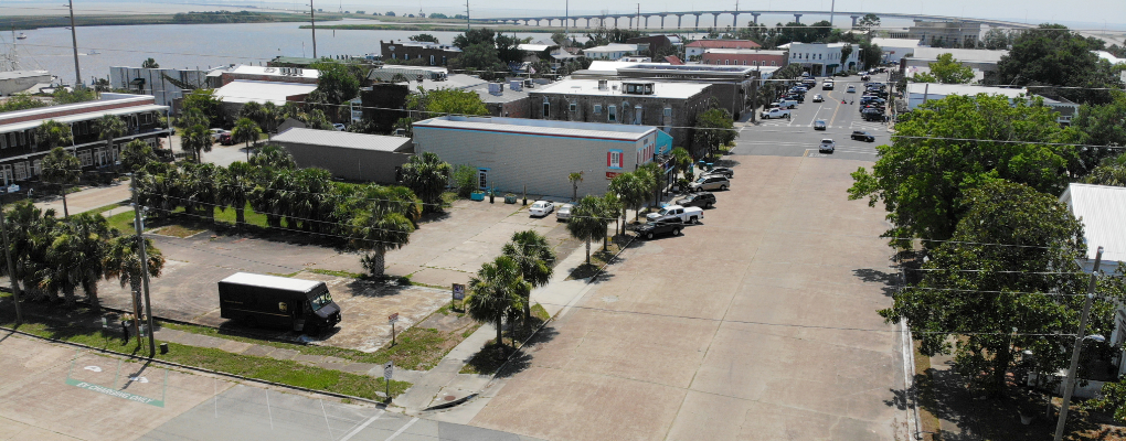 Old Ford Lot in Apalachicola for Sale